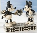 Disney Traditions by Jim Shore 4009260 Mickey & Minnie