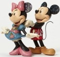 Jim Shore Disney 4046042 Mickey and Minnie with N