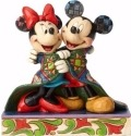 Jim Shore Disney 4057937 Mickey and Minnie Wrapped in Quilt