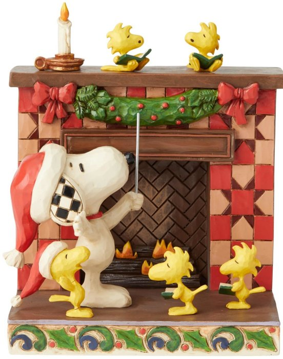Jim Shore Peanuts 6002772N Snoopy at Fireplace