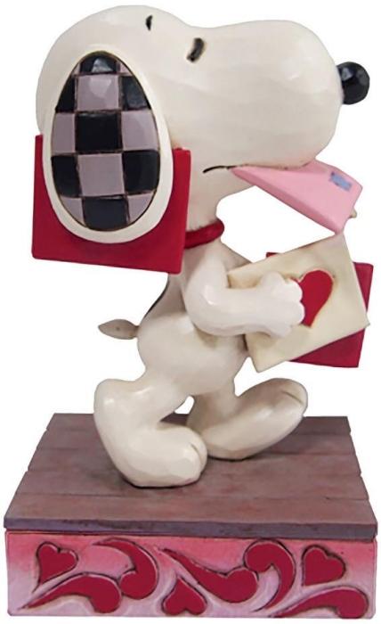 Jim Shore Peanuts 6010112 Snoopy Holding Valentine Figurine