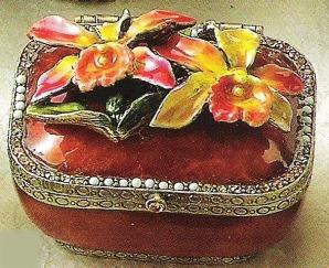 Kubla 3621 Orchid Jeweled Box