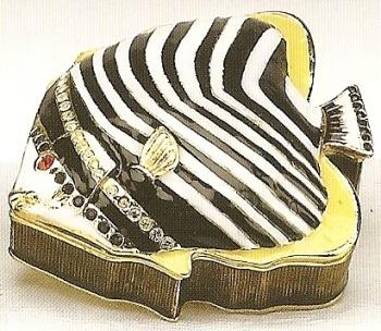 Kubla Crafts Bejeweled Enamel KUB 4041 Fish Box