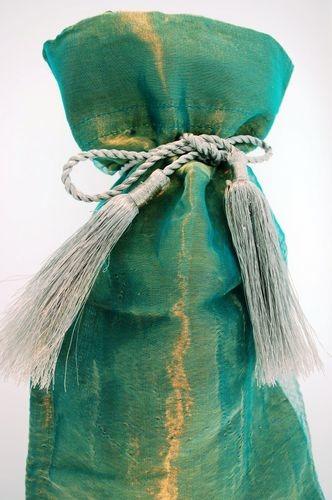 Kubla Crafts Bejeweled Enamel KUB 6601GR Organza Wine Bag Green Set of 12