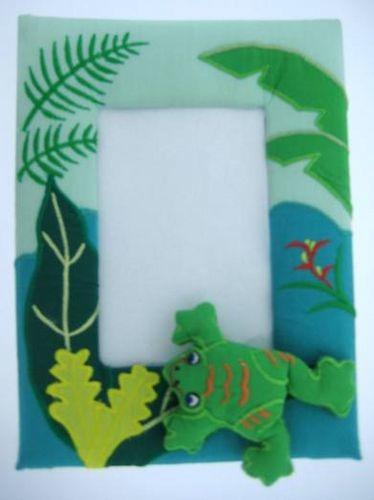 Kubla Crafts Soft Sculpture KUB 8537 Rain Forest Frog Frame