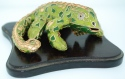 Kubla Crafts Cloisonne KUB 6-4853LG Light Green lizard with Wood Stand