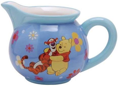 Disney by Westland 19653 Hug A Friend Creamer 8 oz