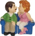 Mwah 93981 Couch Couple Salt & Pepper Shakers