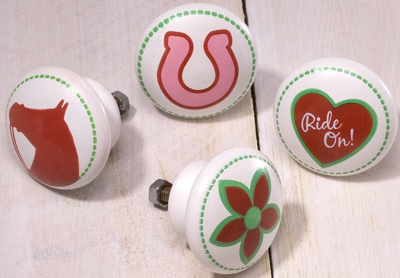 Trail of Painted Ponies 4028586 Cowgirl set of 4 Knobs