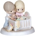 Precious Moments 132002 Parents with Baby In Crib Figurine