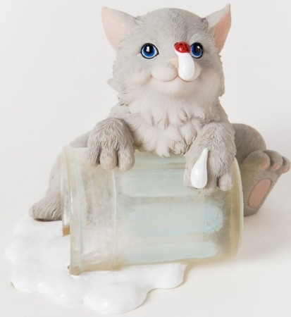 Charming Purrsonalities 4025972 Milk it For What Its Worth Figurine