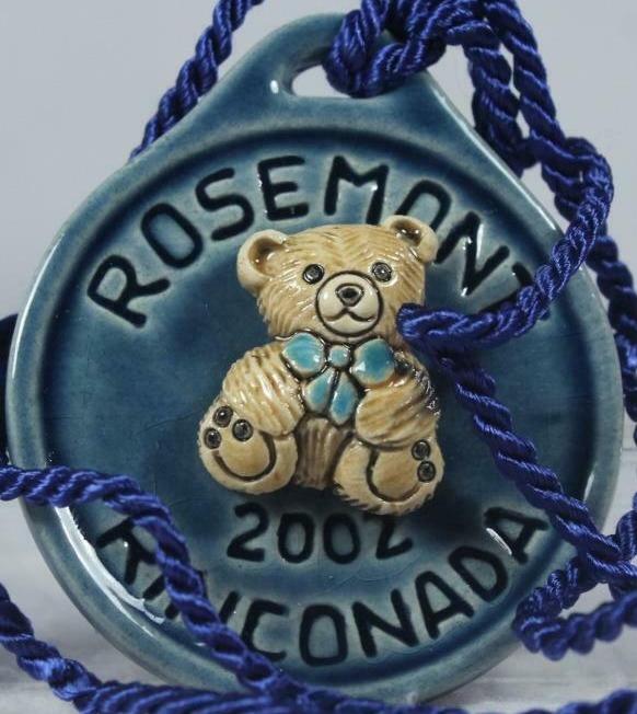 Artesania Rinconada 2002RosemontBearBlue RARE Bear Event Medallion 2002 Rosemont Blue
