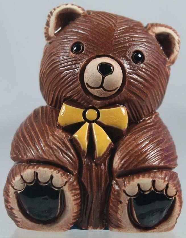 Artesania Rinconada 327 Teddy Bear Adult wth Yellow Tie