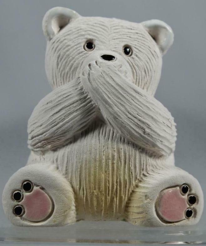 De Rosa Collections 330B Polar Bear RARE Non U S Speak No Evil Bear