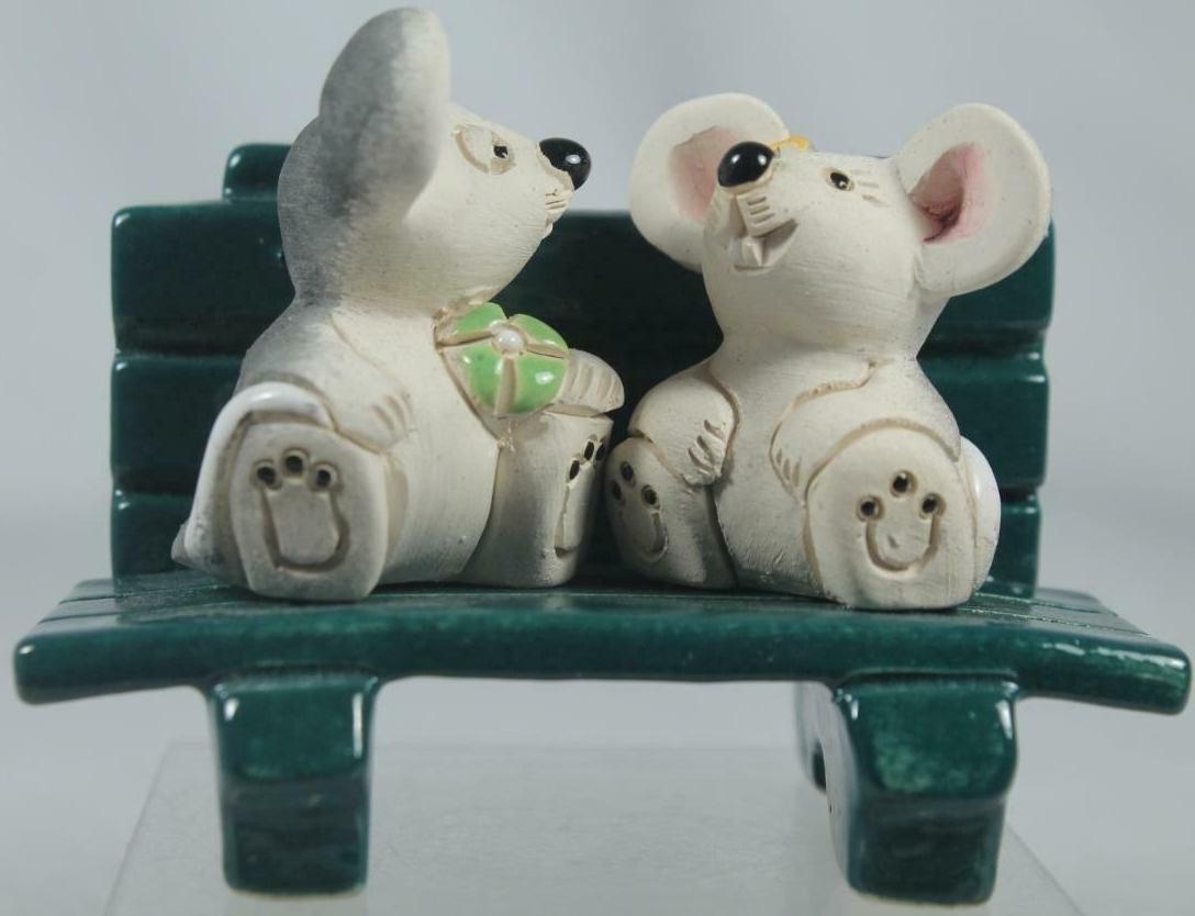 De Rosa Collections 340A Mice On Bench Baby RARE