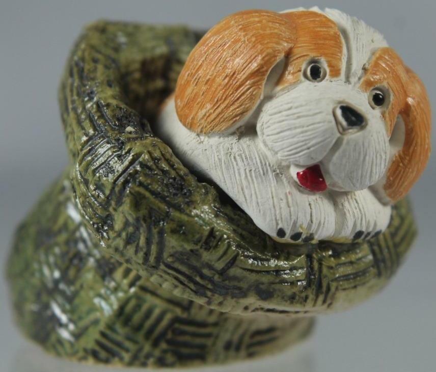 Artesania Rinconada 501B Beagle Puppy Non US