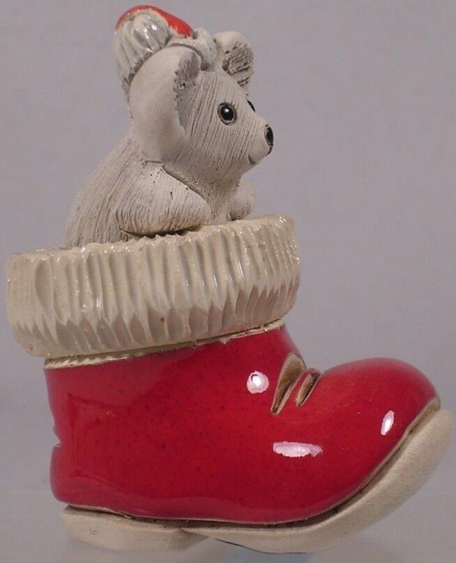 Artesania Rinconada 73C Mouse In Christmas Boot